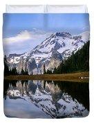 Mt. Rainier On Aurora Lake Duvet Cover