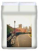 New York City - Autumn - Brooklyn Bridge And Foliage Duvet Cover