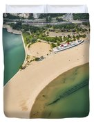 North Avenue Beach And Castaways Restaurant Duvet Cover