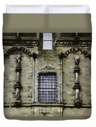 Oil Painting - Renaissance Styled Statues On Royal Palace In Stirling Castle Duvet Cover