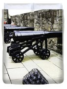 Oil Painting - Tourists And Cannons With Ammunition At The Wall Of Stirling Castle Duvet Cover