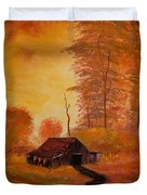 Old Barn In Autumn Duvet Cover