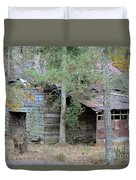 Old Barn With Side Shed Duvet Cover