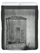 Old Doorway Bw Duvet Cover