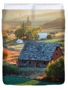 Old Farm In Eastern Washington Duvet Cover