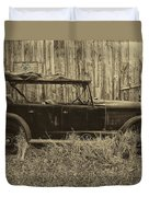 Old Jalopy Behind The Barn Duvet Cover