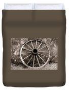 Old Wagon Wheel Duvet Cover