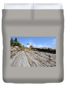 Pemaquid Point Lighthouse In Maine Duvet Cover