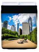 Picture Of Chicago Skyline With Millennium Park Trees Duvet Cover