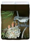 Plumbeous Vireo Feeding Worm To Chicks Duvet Cover