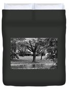 Rain And Leaf Ave In Black And White Duvet Cover