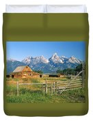 1m9392-ranchland And The Tetons Duvet Cover