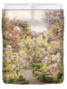 Raundscliffe - Everywhere Are Roses Duvet Cover