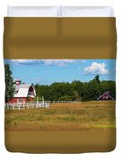 Red Barn In Meadow, Knowlton, Quebec Duvet Cover