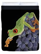 Red Eye  Duvet Cover by Susan Candelario