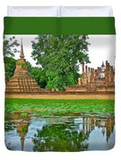 Reflecting Pool At Wat Mahathat In 13th Century Sukhothai Historical Park-thailand Duvet Cover