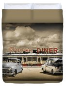 Retro Photo Of Historic Rosie's Diner With Vintage Automobiles Duvet Cover