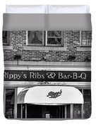 Rippy's Ribs And Bar Bq Duvet Cover by Dan Sproul