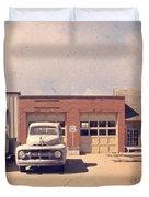Route 66 Garage Duvet Cover