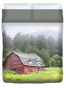Rustic Landscape - Red Barn - Old Barn And Mountains Duvet Cover