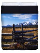 Sawtooth Mountains And Wooden Fence Duvet Cover