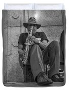 Sax Player In Chicago  Duvet Cover