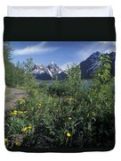 Scenic View In Autumn Of Eklutna Lake & Duvet Cover