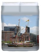 Schooner Arriving At Baltimore Inner Harbor Duvet Cover