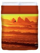 Seagull Soaring Over The Surf At Sunset Oregon Coast Duvet Cover