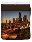 Seattle Downtown Skyline At Dusk Duvet Cover