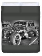 Skeleton Of A Classic Car Duvet Cover