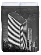 Smurfit-stone Chicago - Now Crain Communications Building Duvet Cover by Christine Till
