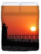 South Haven Lighthouse At Sunset 1 Duvet Cover