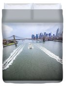 Speed Boats And Barge At East River In Front Of The Brooklyn Bridge And Manhattan Skyline Duvet Cover