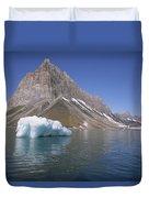 Spitsbergen Islandn Svalbard Norwegian Duvet Cover