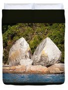 Split Apple Rock Near Abel Tasman Np In New Zealand Duvet Cover