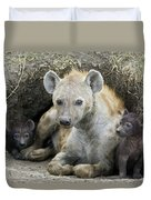 Spotted Hyena Mother And Pups Duvet Cover