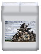 Statue At Grand Central Station Duvet Cover