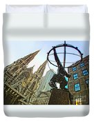 Statue Of Atlas Facing St.patrick's Cathedral Duvet Cover