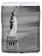 Statue Of Liberty And The Freedom Tower Duvet Cover