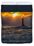 Sun Climbing Over Thacher Island Lighthouse Duvet Cover