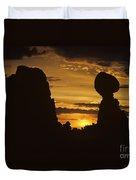 Sunrise Arches National Park With Balanced Rock Silhouetted Agai Duvet Cover