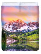 Sunset At Maroon Bells And Maroon Lake Aspen Co Duvet Cover by James O Thompson
