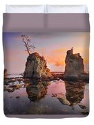 Sunset Over Pig And Sow Inlet At Oregon Coast Duvet Cover