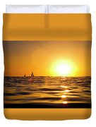 Sunset Over The Water In Waikiki Duvet Cover