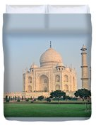 Taj Mahal At Sunrise - Agra - Uttar Pradesh - India Duvet Cover