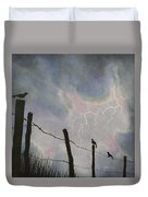 The Birds - Watching The Show Duvet Cover