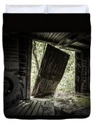 The Crowd Gathers Outside - Abandoned Apple Barn Duvet Cover by Gary Heller