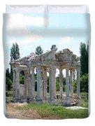 The Four Roman Columns Of The Ceremonial Gateway  Duvet Cover