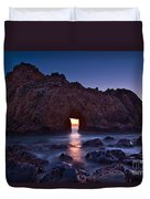 The Portal - Sunset On Arch Rock In Pfeiffer Beach Big Sur In California. Duvet Cover by Jamie Pham